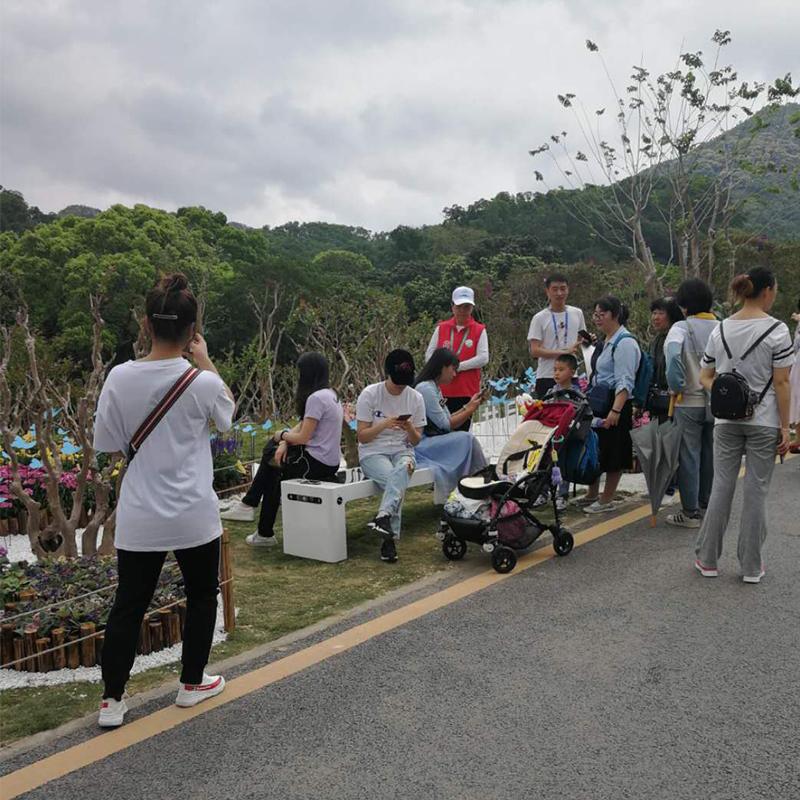 Weiyin Solar Smart Bänke sorgen auf der Flower Show der GBA 2019 für große Besorgnis