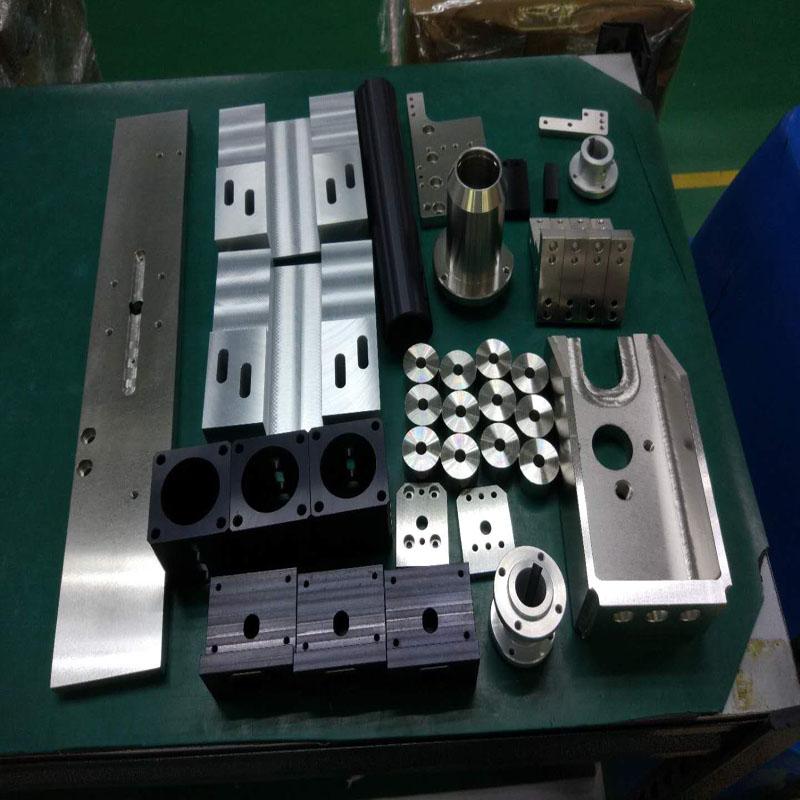 Teile mit Oberflächenbehandlung