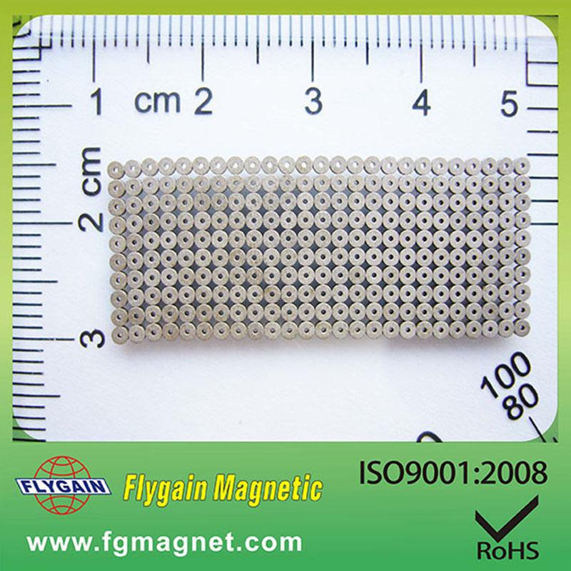 Mikromagnet für Uhrmotor