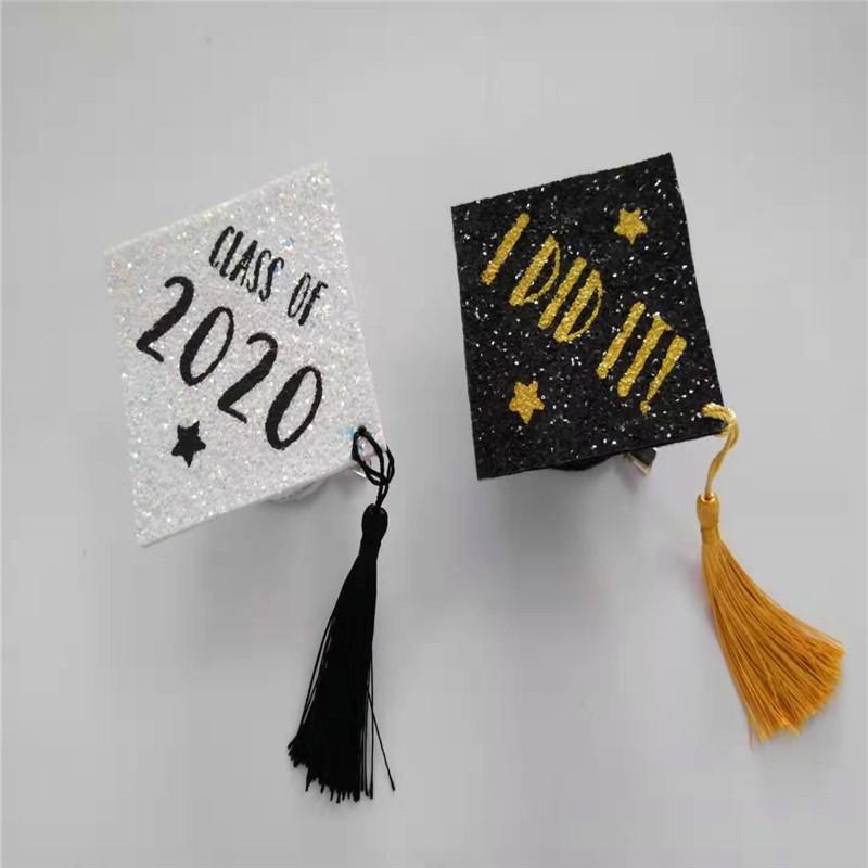 Weiße Absolvent-Kappe mit Unterschieds-FarbGlitter-Abschluss-Party-Hut