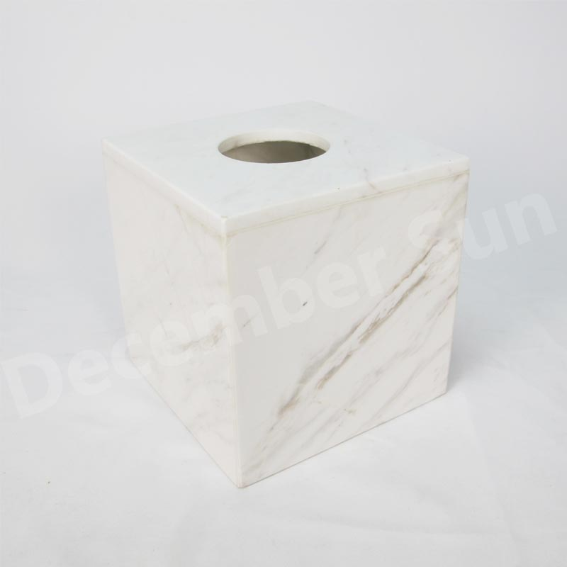 Badezimmerzubehörsatz aus weißem Marmor