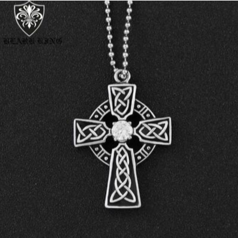 Personalisiertes Muster Männer's Edelstahl Kreuz Ring Retro Mode Diamond Cross Anhänger